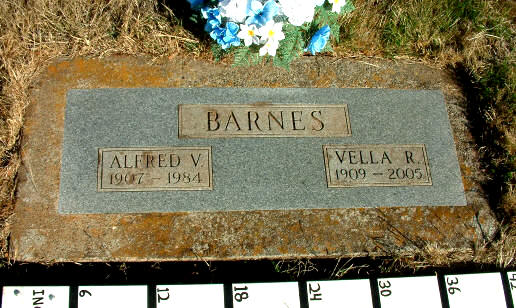 Photo of A.&V. Barnes monument
